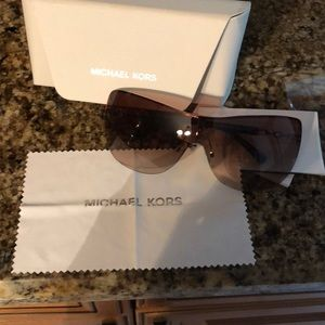Micheal kors sunglasses brand new